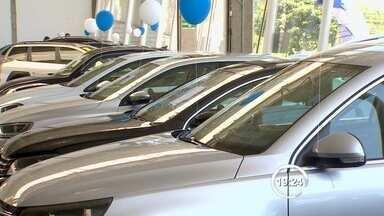 Concessionárias ainda vem carros com IPI reduzido em São José dos Campos, SP - IPI voltou a valer no começo deste ano e com isso o valor dos carros subiu em 4,5%.
