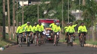 Ciclistas viajam 500 quilômetros para conseguirem 500 doadores de sangue - Eles saíram de Curitiba e seguiram até Paranavaí.