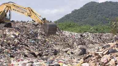 Área de transbordo de lixo do Sambaiatuba é interditada pela CETESB - Prefeitura de São Vicente pediu prazo à Secretaria de Meio Ambiente do Estado para continuar utilizando o local