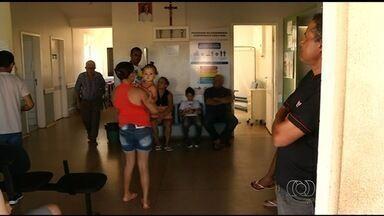 Com greve no DF, pacientes buscas atendimento médico em Goiás - As prefeituras de Valparaíso de Goiás e Novo Gama pretendem reforçar o atendimento para receber os pacientes do DF.