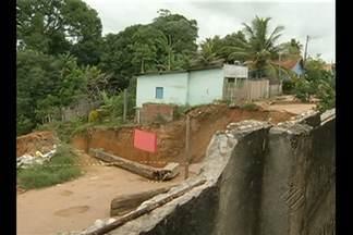 Defesa Civil do estado enviará equipe para fazer levantamento de famílias em Rondon do PA - Prefeitura decretou estado de emergência por causa de uma cratera aberta de 25 metros que ameaça destruir as casas na região.