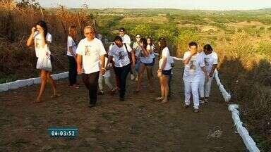 Romeiros homenageiam São Sebastião em Ipaumirim - Santo é padroeiro de cidades no interior do Ceará.