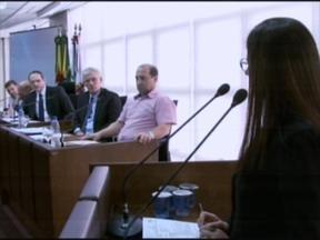 Uma audiência discutiu o asfaltamento da pista do aeroclube - A prefeitura vai fazer ajustes para conseguir licença ambiental e aprovação da ANAC e Ministério Público.