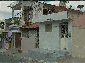Destino de órfãos é incerto após acidente em São Caetano, no Agreste de Pernambuco - Pais deles morreram e ainda não se sabe com quais parentes irão ficar.