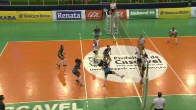 Vôlei feminino de Cascavel perde na Superliga B de vôlei - A equipe enfrentou o time de Valinhos, São Paulo, no ginásio Sérgio Mauro Festugatto. A partida terminou 3 sets a 1 para as visitantes. As meninas do Cascavel voltam a jogar no próximo sábado (31).