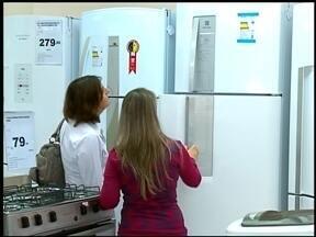 Brasileiro tem tendência a pesquisar preços - De acordo com uma pesquisa, os brasileiros pesquisam mais antes de comprar.