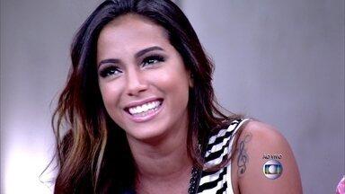 'Eu era nerd mas era bagunceira também', revela Anitta sobre adolescência - Fátima quer saber que convidados do Encontro eram ligados à tecnologia