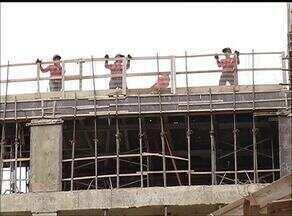 Índice pluviométrico fica abaixo do esperado em Palmas e trabalhador reclama do calor - Índice pluviométrico fica abaixo do esperado em Palmas e trabalhador reclama do calor