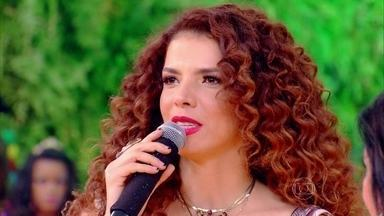 Vanessa da Mata comenta sua relação com carnaval: 'Amo' - Cantora relembra suas experiências na folia