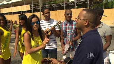Sambistas marcam o retorno da Rua Carlos Gomes ao carnaval de Salvador - Confira os detalhes na companhia de convidados especiais.