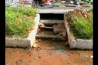 Petrolina sofre com desperdício de água - Enquanto em muitos lugares do país há racionamento de água, em Petrolina tem desperdício