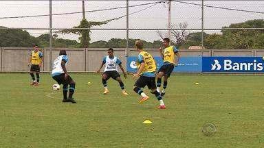 Grêmio deve ter Yuri Mamute e Erazo contra o Brasil-PEL - Jogo ocorre às 22h desta quarta (11).