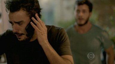 Enrico avisa a Beatriz sobre o atentado - Leonardo tenta tranquilizá-la