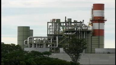 Usina termoelétrica de Uruguaiana, RS, deve voltar a funcionar - Após ficar nove meses parada, a usina vai ajudar a economizar água e vai funcionar por 60 dias.