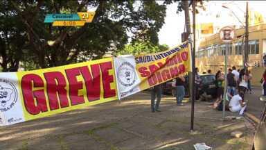Funcionários do Hospital Evangélico estão em greve - Com a falta de pagamento e más condições de trabalho, os profissionais da saúde que prestam servições no Hospital Evangélico entraram em greve.