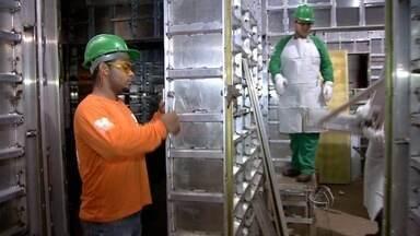 Alta do dólar beneficia exportadores de MS - Segundo a Federação das Indústrias de Mato Grosso do Sul, em janeiro foram vendidos quase 20% a mais que no mesmo período de 2014