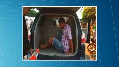 Homem foragido há seis anos é preso em Estrela de Alagoas - Leandro Duarte da Silva, 26 anos, foi abordado durante fiscalização da PRF.