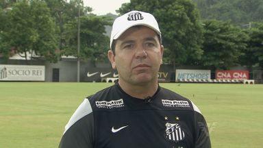 Enderson Moreira faz balanço dos primeiros jogos do Santos no Paulistão - Treinador comenta sobre a importância de Robinho e enaltece chegada do goleiro Vanderlei.