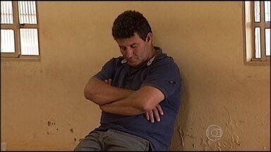 Promotor que sofreu atentado está internado no Triângulo Mineiro - Um ex-vereador da cidade e o filho dele estão presos suspeitos de participação no crime.