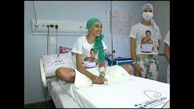 Morre jovem que lutava contra leucemia em Cachoeiro de Itapemirim, no ES - O caso da jovem ganhou destaque nas redes sociais após paciente tentar conseguir um transplante de medula.