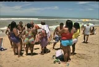 Turistas que prolongaram o Carnaval se despedem de São João da Barra, no RJ - Turistas que prolongaram o Carnaval se despedem de São João da Barra, no RJ.