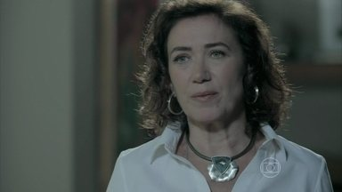 Marta afirma a Zé Alfredo que José Pedro não poderia ser filho de Silviano - Ricaça garante que é fiel ao Comendador