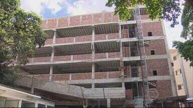 Reforma e ampliação são feitas no Hospital Agamenon Magalhães - Novo prédio deve desafogar os setores da emergência.