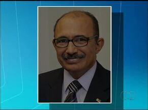 Professor de direito morto em acidente é enterrado em Goiás - Professor de direito morto em acidente é enterrado em Goiás