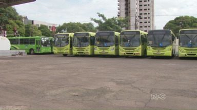 Transporte coletivo de Foz muda horário por causa da falta de combustível - Os ônibus vão rodar das 5h às 8h30 da manhã e das 16h às 19h.