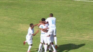 Londrina acaba com a invencibilidade da defesa do Cascavel - Tubarão faz 2 a 0 no Cascavel e volta a vencer