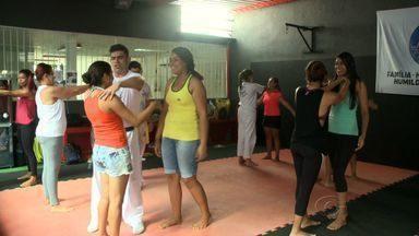 Krav Magá tem atraído várias mulheres em Alagoas - Arte de defesa pessoal, que durante muito tempo foi usada pelo exército de Israel. Atualmente é um meio de defesa contra a violência urbana.