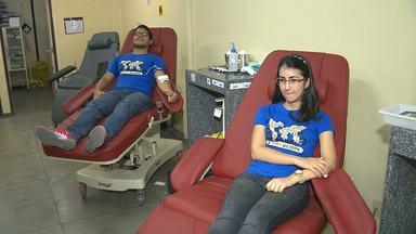 Grupo de evangélicos faz doação de sangue em Campina Grande - Iniciativa está ajudando a manter estoque de sangue do Hemocentro