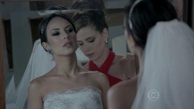 Império - Capítulo de segunda-feira, dia 09/03/2015, na íntegra - Cristina e Clara se enfrentam no dia do casamento