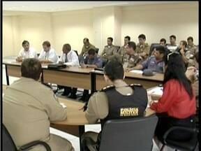 Medidas de segurança para o protesto previsto para domingo (15) são debatidas em reunião - Cerca de 2 mil pessoas devem participar do evento em Governador Valadares.