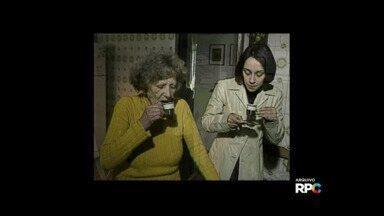 Exclusivo: cafezinho e bate-papo com Lala Schneider - Em 2001 passamos um dia inteirinho com a atriz.