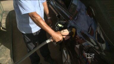Dez empresários aceitam acordo para reajuste de combustível - Representantes da Rede Estadual de Defesa do Consumidor se reuniram nesta sexta-feira (13) em uma audiência com donos de postos de combustível. A intenção foi chegar a um consenso sobre o reajuste da gasolina em São Luís.