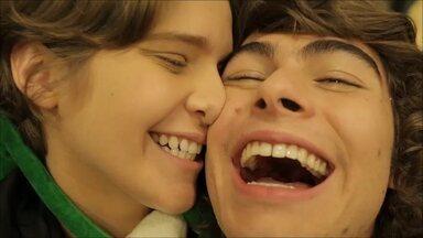 Maria Eduarda Gasperi - Clipe Perina - Confira um dos dez clipes mais legais