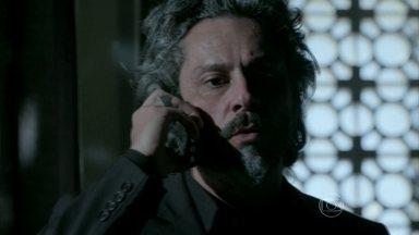 Zé liga para Marta e tenta descobrir pista sobre esconderijo de Zé Pedro - Elivaldo implora para que Marcão conte para onde Cristina foi levada