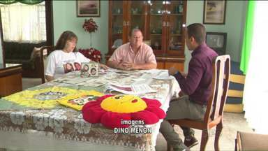 Avós seguem buscas por neta desaparecida há dez anos - Seu Luiz e dona Marlene buscam informações sobre a neta. Mãe foi morta, e caso segue sem solução.