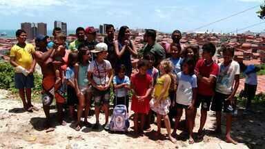 Niara Meireles e Daniel Viana gravam o Se Liga VM no Morro Santa Teresinha - Comunidade fica no Castelo Encantado, em Fortaleza, berço do rapper cearense Erivan Produtos do Morro.