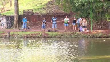 O Parque da Pedreira de Mandaguari foi liberado para a pesca hoje - Pelo menos uma vez por mês a prefeitura vai liberar a pescaria no local