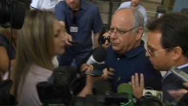 Renato Duque é preso no Rio de Janeiro - A Operação Lava Jato entrou na sua décima fase. Além do ex-diretor da Petrobras, outras quarto pessoas foram presas.