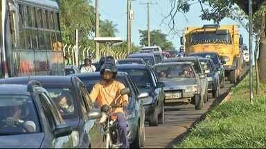 Motoristas relatam perigos em rotatória na avenida Tamandaré - Via é principal acesso para bairros da região e a uma grande universidade