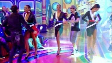 Raimundos caem no samba no palco do Esquenta! - Roqueiros mostram versatilidade