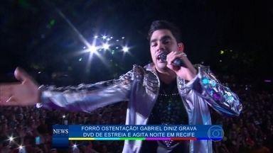 Gabriel Diniz grava DVD de estreia e agita noite em Recife - Léo Santana e Cristiano Araújo participam do show