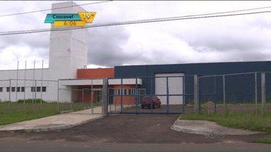Centro de Socioeducação de São José dos Pinhais está com as obras atrasadas - Adolescentes que cometeram crimes convivem com a superlotação das celas.