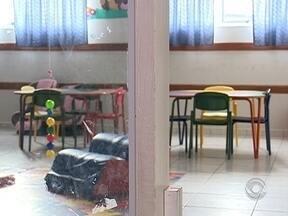 Bombeiros e Secretaria de Educação definem plano de ações para escolas de São José - Bombeiros e Secretaria de Educação definem plano de ações para melhorias nas escolas municipais de São José
