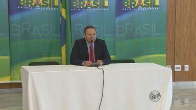 Edinho Silva toma posse como ministro da Comunicação Social - Edinho Silva toma posse como ministro da Comunicação Social