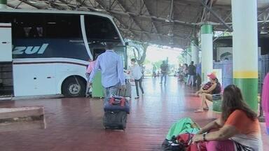 Passageiros reclamam da falta de estrutura no Terminal Rodoviário de Porto Velho - Empresa privada está administrando o local.
