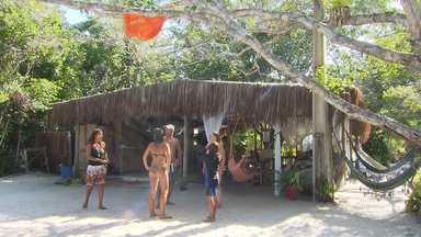 No projeto Conexão Bahia Renata Menezes visita o Glamping - Ela conhece um camping com glamour, que fica localizado no extremo sul do estado